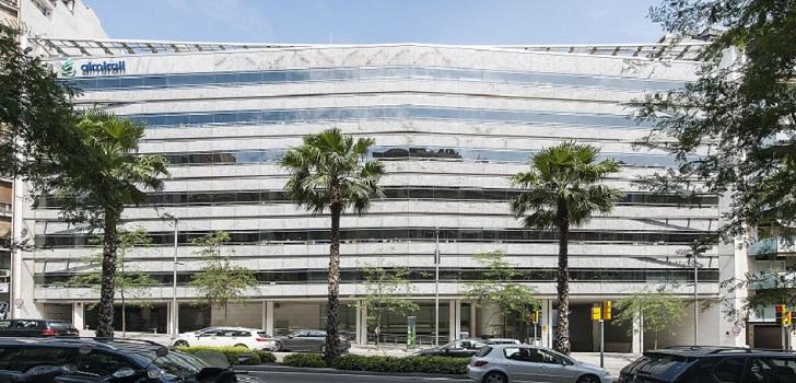 Almirall firma acuerdos con WuXi Biologics y 23andMe para avanzar en dermatología