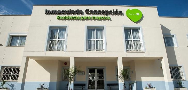Sermade sella un acuerdo con DomusVi para prestar el servicio odontológico en sus centros