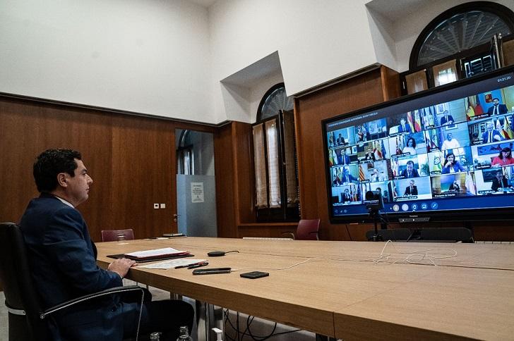La Junta de Andalucía anuncia la contratación de 20.000 trabajadores para reforzar la atención sanitaria