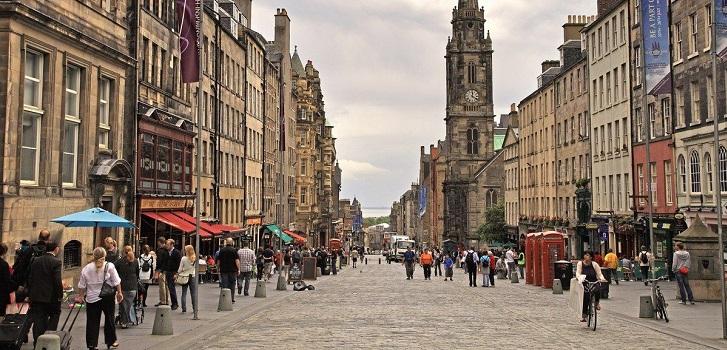Escocia también se cierra: vuelve al confinamiento ante el avance de la pandemia