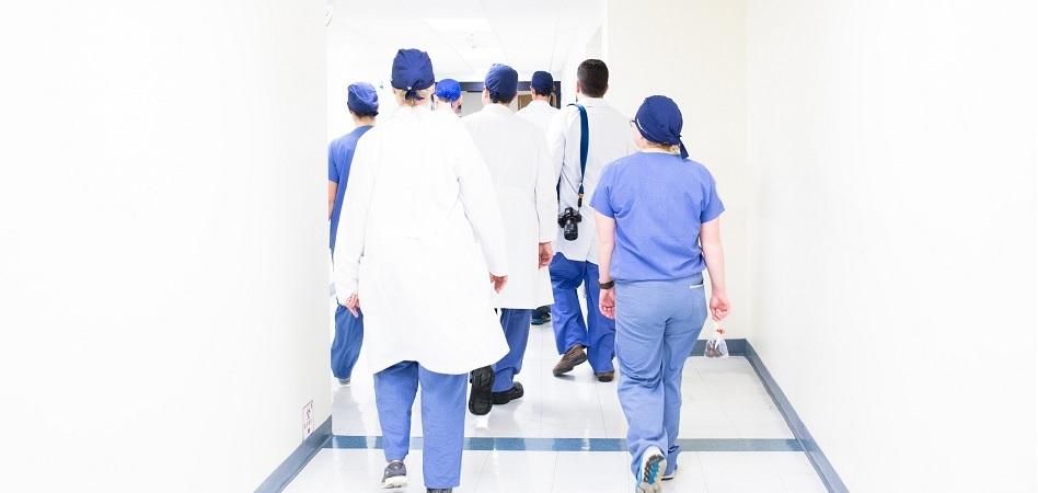 Baleares autoriza el pago de diez millones de euros a los sanitarios por la productividad de 2020