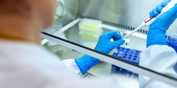 La Junta de Andalucía destinará diez millones de euros al sistema de Ciencias y Tecnologías de la Salud