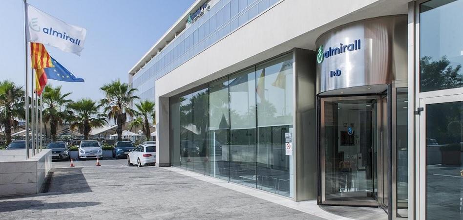 Las 'farma' españolas duplican su beneficio en el primer trimestre y superan los 300 millones