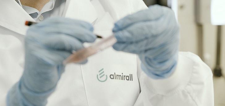 Almirall lanza en Alemania y Reino Unido un fármaco para el tratamiento tópico