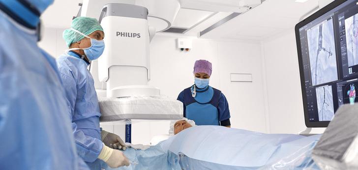 Philips y el Hospital Universitario de Rennes firman un acuerdo para promover la atención al paciente